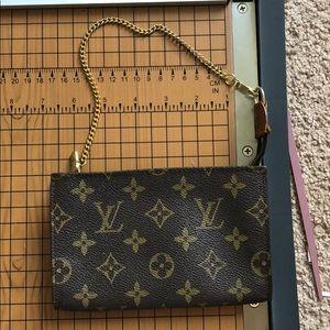 Louis Vuitton clutch makeup pouch